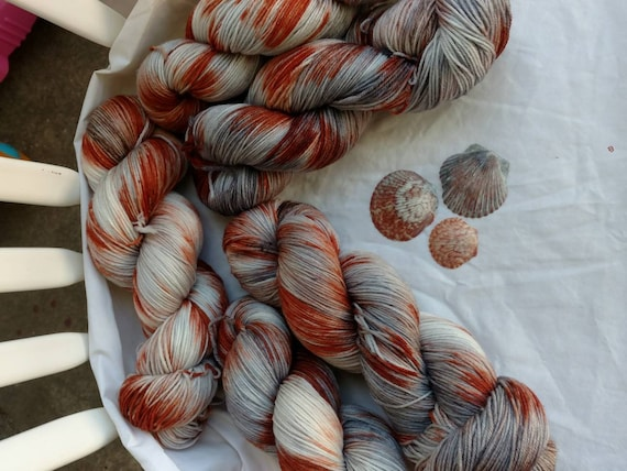 Scallops, sock yarn
