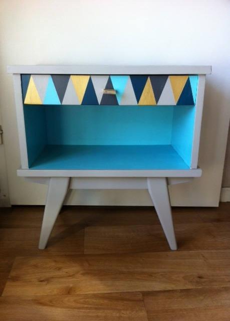 table de nuit ou chevet vintage pieds compas esprit. Black Bedroom Furniture Sets. Home Design Ideas