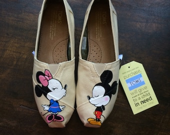 2455c855ffb Mickey and Minnie Mouse Toms