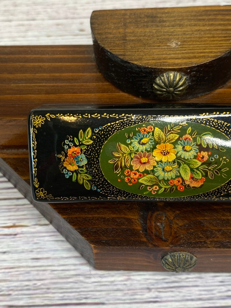 Vintage USSR Russian Lacquer trinket box ~ wood ~ floral flower ~ bouquet ~ multicolored ~ black blue red yellow pink green