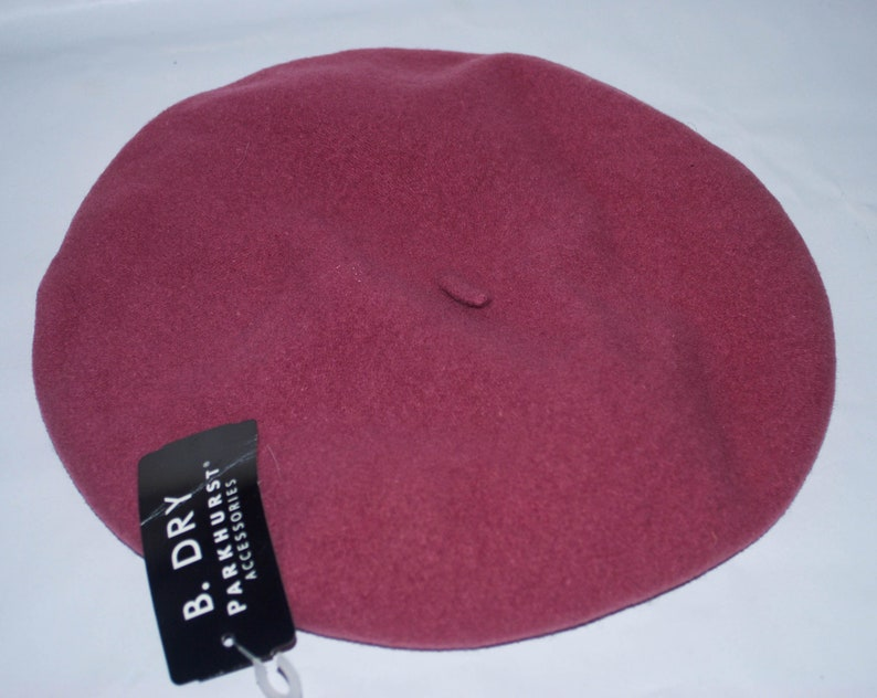 33c30954f131a Parkhurst Classic Wool Basque Salmon Beret. Made In Canada.