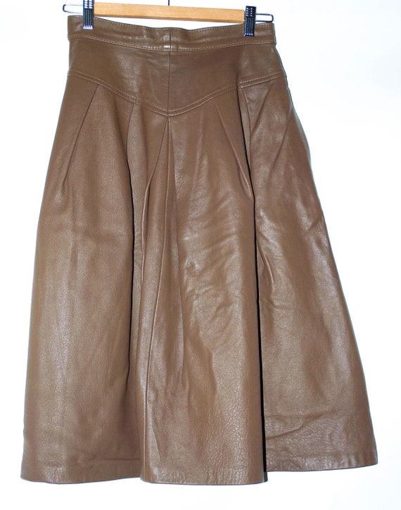Vintage Leather Pleated Skirt with Eclair Zipper.