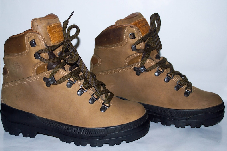 66fc93087c7 Vintage Timberland World Hiker Super Boot 40 Below Gore-Tex®. Made in  Italy. Women's US size 8, UK 6, Eur 39.