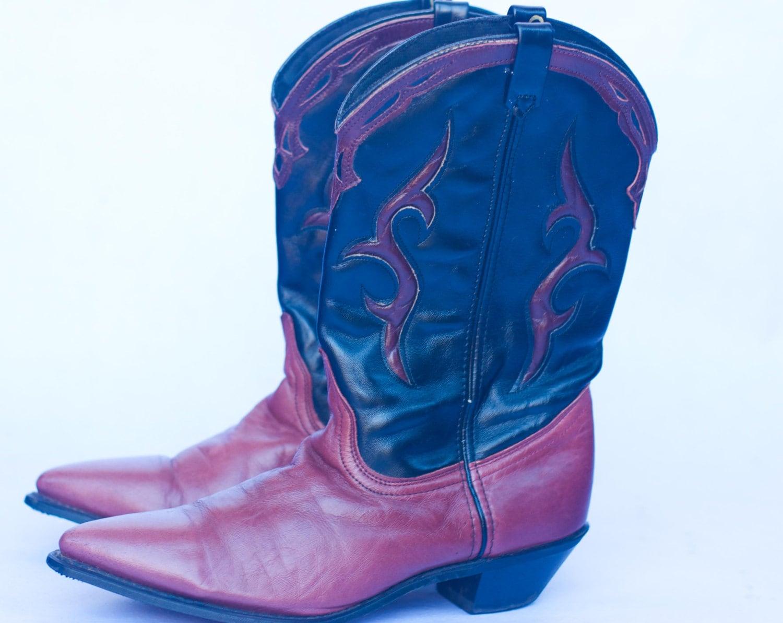 Vintage DINGO Two Tone Oxblood redBlack Leather Cowboy Boots Eastern Rockabilly. Women's US Size 11M, UK 9, Euro 43. Men's Size Us 9.5
