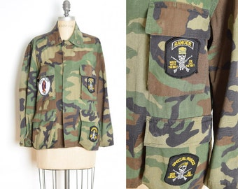 999f18b6bc1ea vintage military coat camo camouflage print special forces patch army field  jacket L