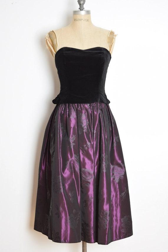 vintage 90s Laura Ashley dress velvet taffeta str… - image 2