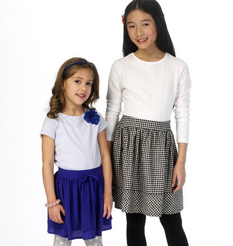McCalls Patterns M7345 Childrens//Girls Straight Handkerchief or High-Low Hem Skirts 7-8-10-12-14 CHJ
