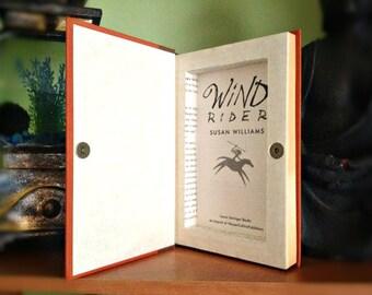 Book Clutch Hideaway - Wind Rider *SALE ITEM*