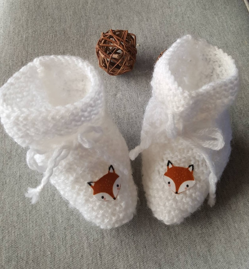 Baby slippers in wool