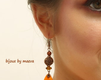 costume jewelry earrings orange ears and orange brown Seville