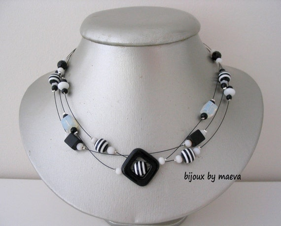 Noir Collier Rayées Noires Et Bijoux Blanc Fantaisie Artisanal Blanches Perles 76Ygvybf