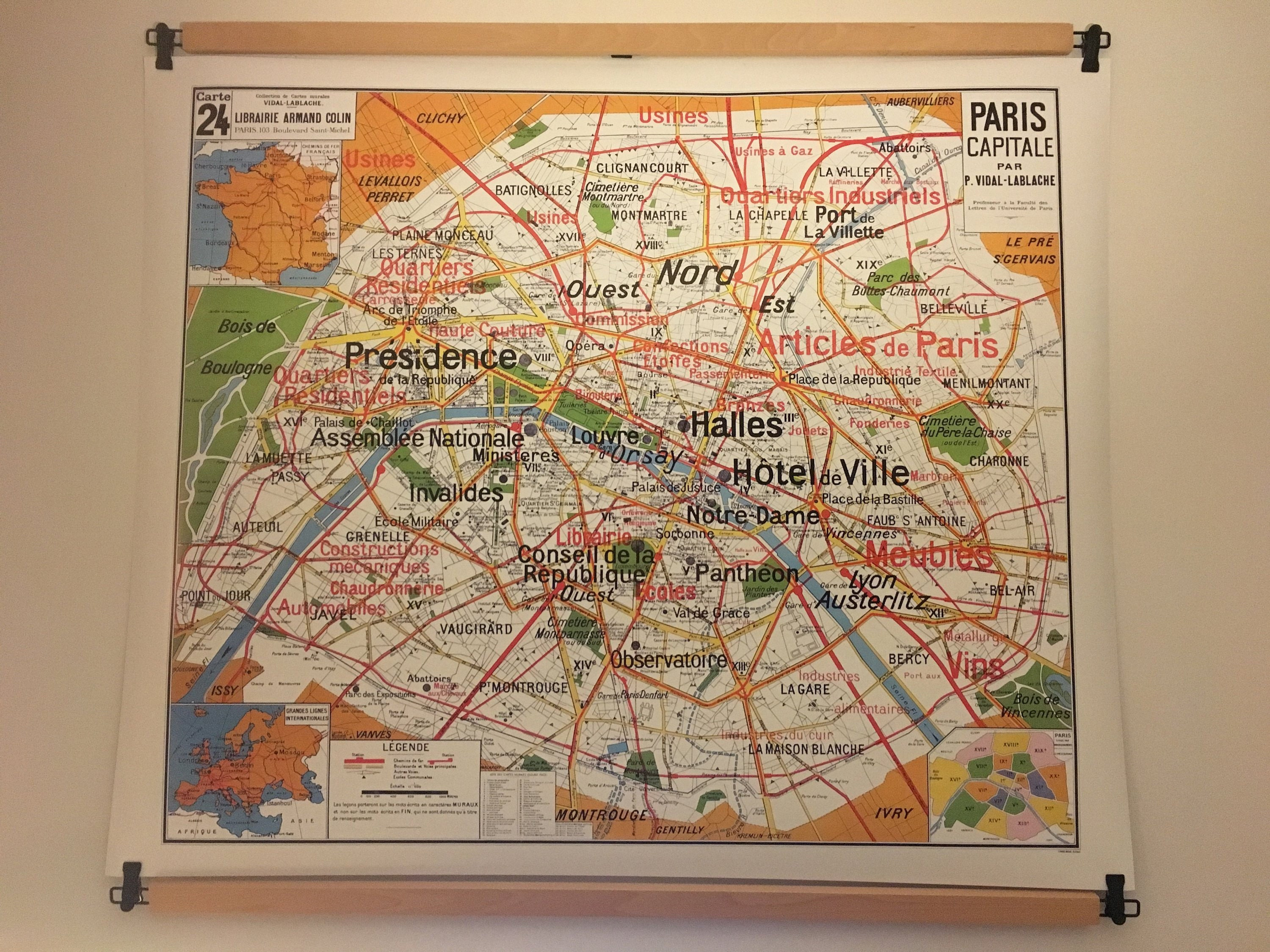 Reproduction of old school N 24 Paris capital by Vidal Lablache map