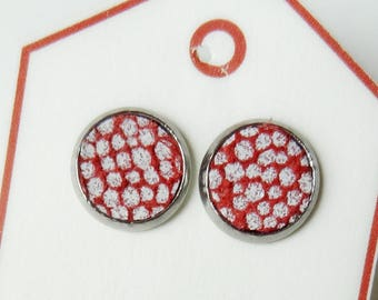 Dots Red & white-studs Leather