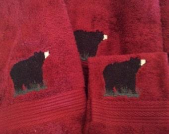 American black bear on red 6 piece bath towel set