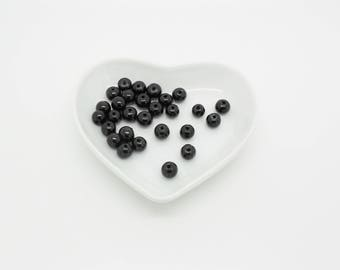 12 shiny glass black pearls 6 mm