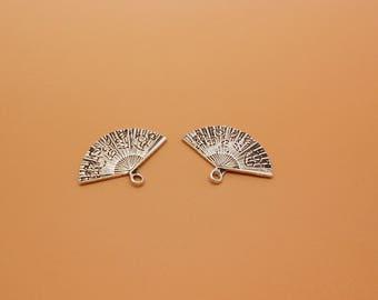 2 charms antique silver color, size 24 x 17 mm range