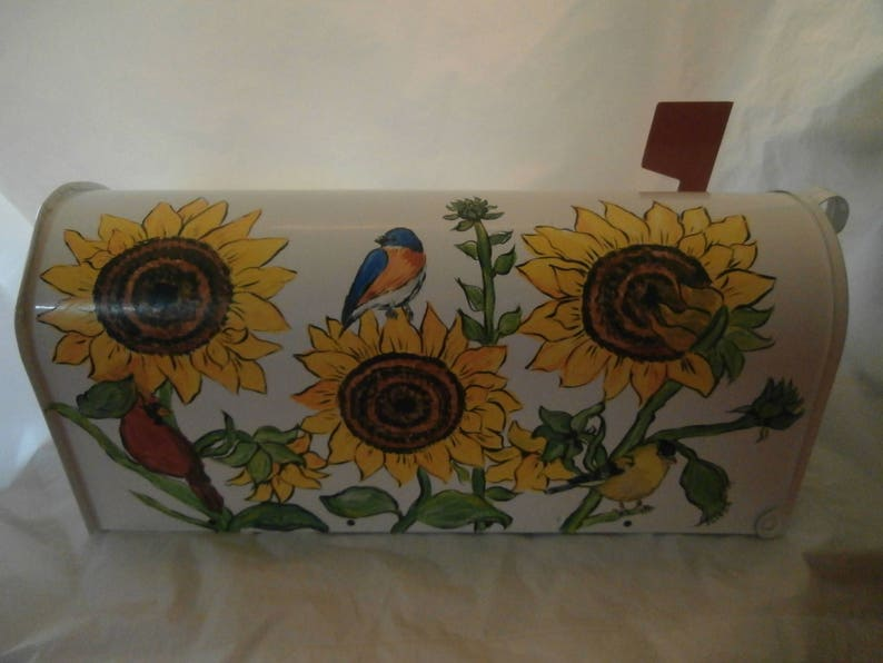 USA Hand painted standard size sunflower and birds mail box Sealed