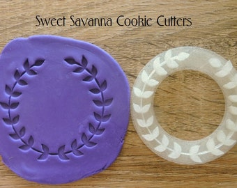Wreath Fondant Embosser - Great for monogram cookies
