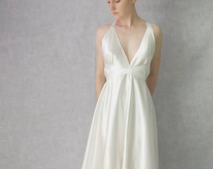 Wedding dress simple ballerina style Silk Satin. Neckline and backless. Short dress on the front, drags in the back