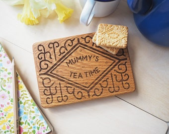 Personalised Custard Cream  - Giant Biscuit coaster - Wood Custard Cream Biscuit - Sharing coaster - Solid Oak Coaster - Mother's Day Gift