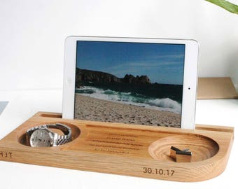 Chunky Natural Oak Tidy - Watch Tablet Phone And Cufflinks Oak Stand - Phone dock - gift for colleague - office desk accessories - desk tidy