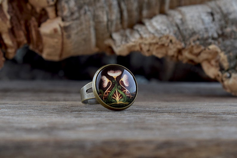 Floral Art nouveau ring Glass dome jewelry Adjustable ring Dainty ring Gift for her AJ 040 Vintage style jewelry Glass ring Brown ring