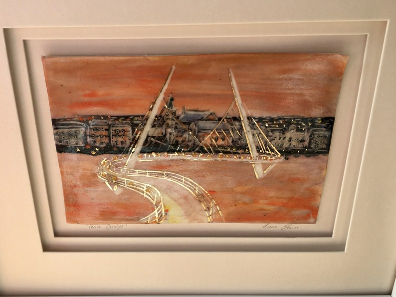Peace Bridge. Porcelain picture of Derry city. image 2