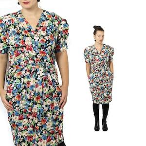 Pin up dress Knee length dress Floral dress Pink Womens dress  Size Medium 60s Long sleeve dress Floral midi dress