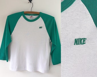 41cd02ba224 Vintage 80s Nike Raglan // 1980s Orange Swoosh Tag // Nike Sportswear  Baseball Shirt // Sexy Sports Shirt // Tomboy Summer Crop Top
