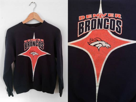 Denver Broncos Sweatshirt    Vintage Pull Over Crew Neck    b8cac7523