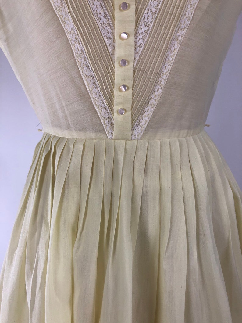 Vintage 1950s Dress  50s Yellow Sheer Party Dress  Pastel Vintage Day dress  Boat Neck Sleeveless Shirtdress  Garden Party Frock