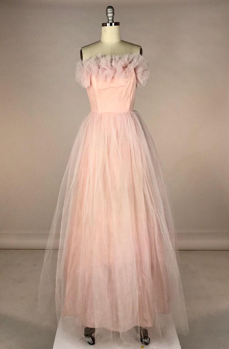 fcf0c327118c Vintage 1950s Prom Dress    Powder Pink Strapless Evening Gown     Rockabilly Quinceanera    50s Millennial Pink Lace Wedding Dress XXS