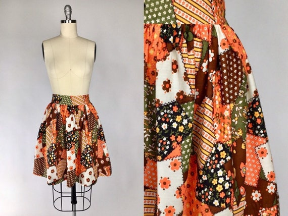 Vintage 1960s Mini Skirt // Full Floral Patchwork