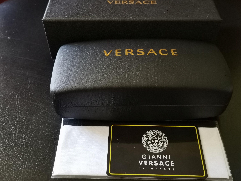 Versace signature Brillenfassung. Neu in originale Etui und