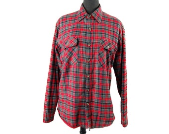 Vintage 1990s Red and Gray Quilted Flannel / Insulated Plaid Button Down / Size Medium