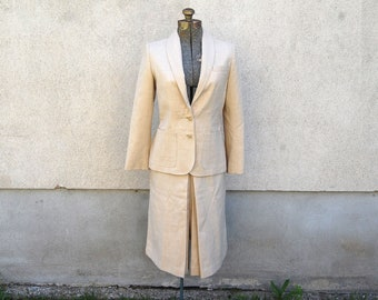 Vintage 1980s Younkers Womens 2 Piece Beige Wool Suit (Size 8)