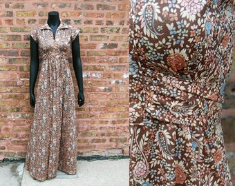 Vintage 1970s Brown / Beige / Pink / Light Blue / Rust Paisley / Floral Collared Maxi Dress with Attached Waist Tie