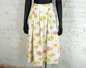 Vintage 1950s Pastel Floral Print Full Pleated Midi Skirt (S) / Yellow, Orange, White