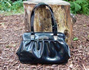 Vintage Shiny Black Purse / Handbag / Retro Mod Pleated Bag