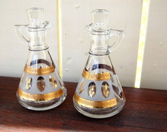 Vintage 1950s Hazel Atlas Gold and Frosted Wheat Design Oil & Vinegar Cruets (Pair)