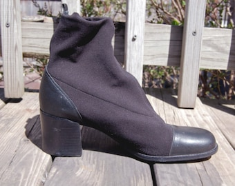 Vintage 1990s Calico Black Women's Ankle Boots with Chunky Heel