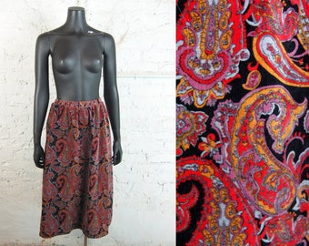 Vintage 1970s Tumbleweeds Vibrant Velvet Paisley Midi Skirt (Size XL) / Red Purple Orange Blue Black
