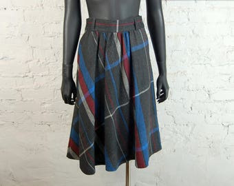 Vintage 1970s Albee Wool / Poly Full Plaid Midi Skirt (Size 9/10) / Gray, Red, Blue, White, Black
