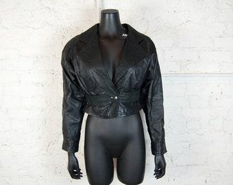 Vintage 1980s Pelle Cuir Black Cropped Jacket w/ Batwing Sleeves and Embossed Panels (XS)