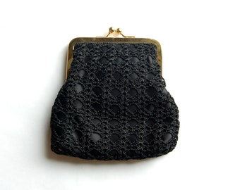 Vintage 1990s Black Crochet Overlay Evening Bag w/ Kissing Lock Closure / Long Strap
