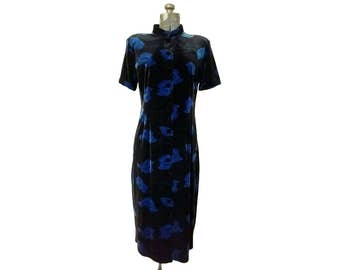 Vintage 1990s Lord & Taylor Black and Blue Floral / Velour / Velvet / Midi Dress / Nehru Collar/ Short Sleeve / Button Up (Size 12P)