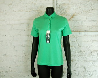 Vintage 1970s Women's Society Mint Green Collared Short Sleeve Polo Shirt (Medium) NWT