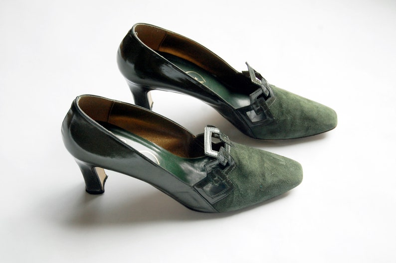 8bba847d0e0 Vintage 1980s Size 7.5 Pere Wuci Green Pumps   Suede and