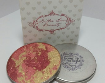 LIMITED EDITION Love at First Sight Sultry Red/Pink/Gold Illuminating Pressed Powder Blush