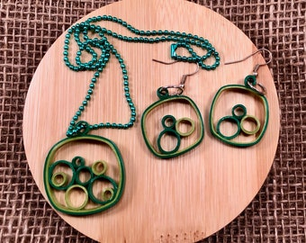 Green Bubbles Necklace and Earring Set, Paper Quilled